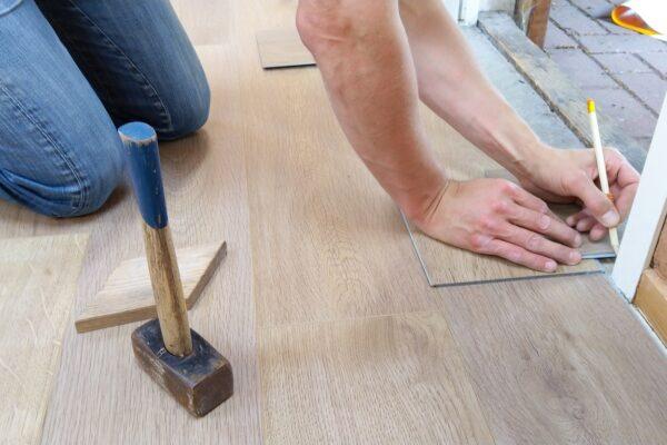 Szybki montaż podłogi