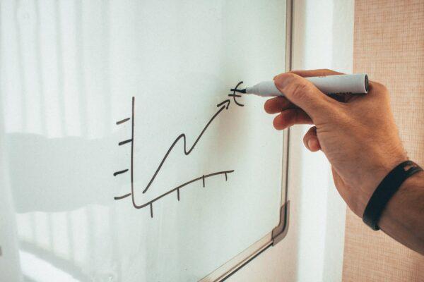 Tablice magnetyczne – czy nadadzą się do Twojego biura?